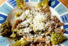 Penne con broccoli e ricotta salata