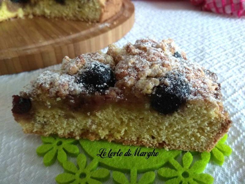 torta sbriciolata con amarene sciroppate