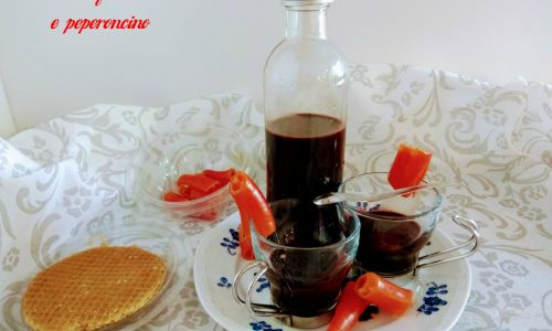 Crema liquore al cacao e peperoncino
