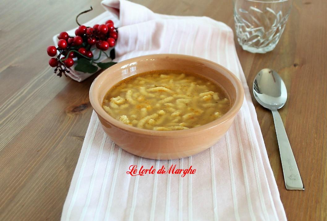 Passatelli in brodo al parmigiano
