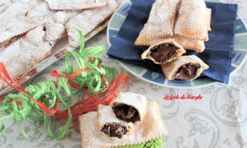 Chiacchiere ripiene di cioccolata, un'idea per carnevale