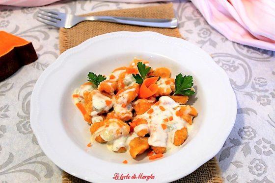 Gnocchi di zuccacon salsa al gorgonzola