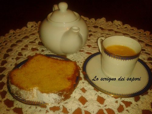 Plumcake all'albicocca