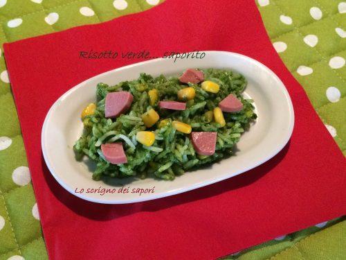 Insalata di riso verde saporita