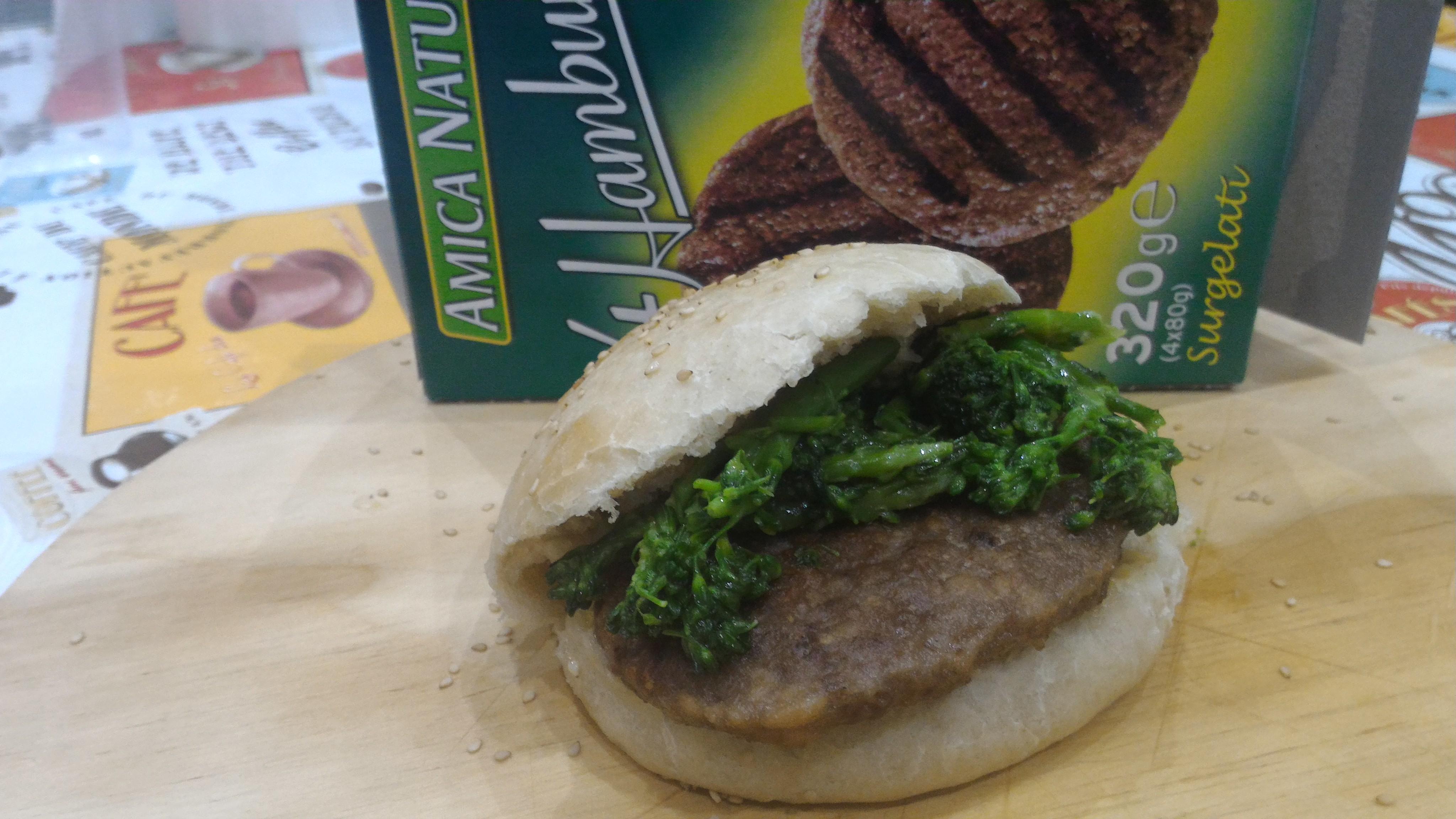 panino home made con hamburger amica natura