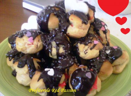 Profiterole red passion