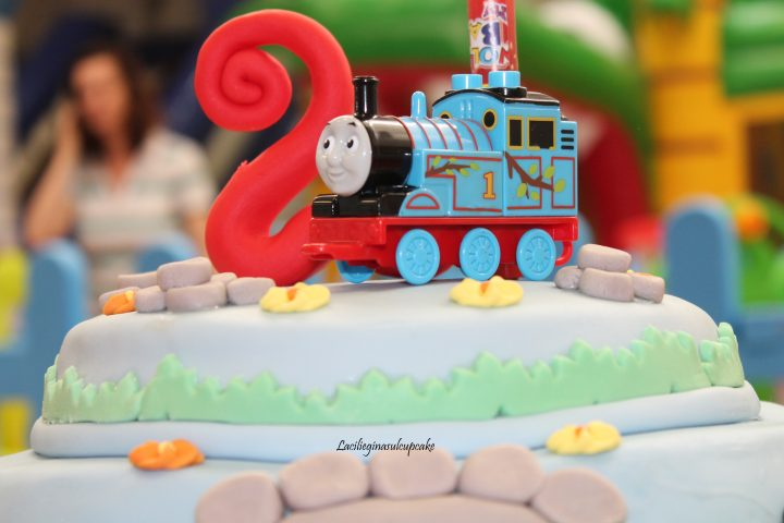 torta trenino Thomas