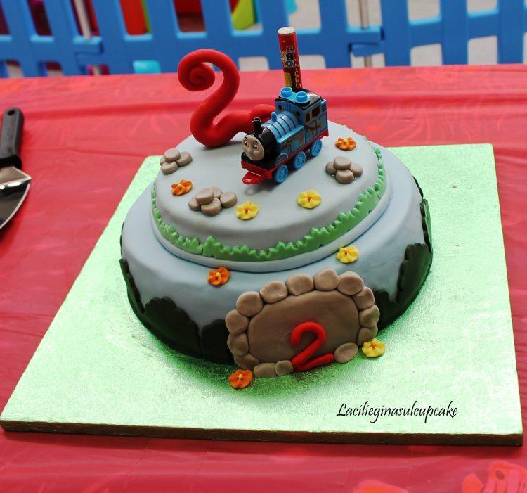 Cake Design Trenino Thomas : Lacilieginasulcupcake