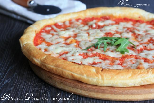 Ricetta Pizza finta al pomodoro