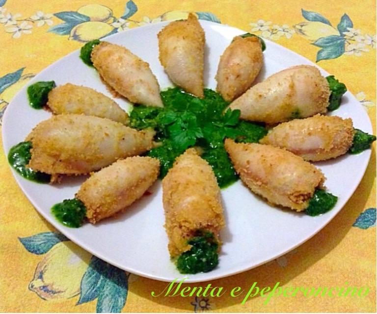 Ricetta Totani ripieni al forno con salsa al prezzemolo