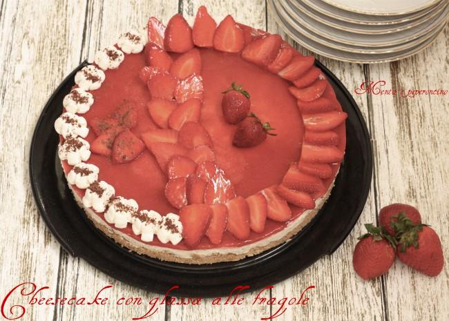 Cheesecake con glassa alle fragole