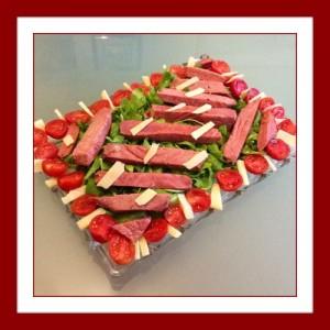 Ricetta Tonno con pomodorini rucola e grana