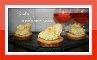 Cartellette con gamberi verdure e maionese