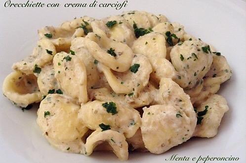 Orecchiette con crema di carciofi