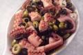 Polpo con olive e capperi