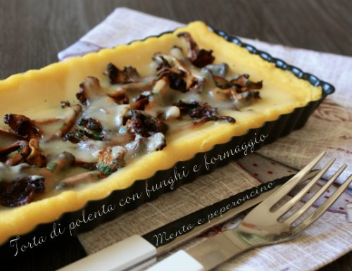 Torta di polenta con funghi e formaggio