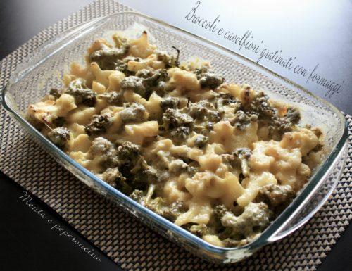 Broccoli e cavolfiori gratinati con formaggi