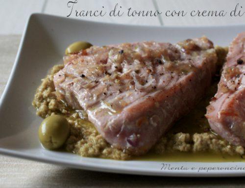 Tranci di tonno con crema di olive