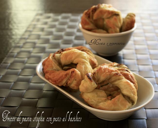 Trecce di pasta sfoglia con pesto al basilico