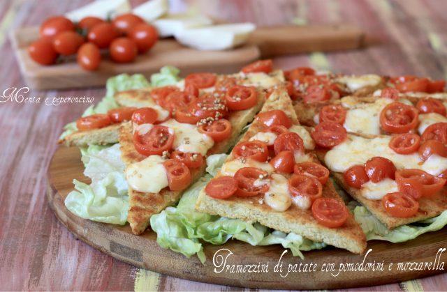 Tramezzini di patate con pomodorini e mozzarella