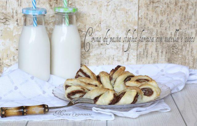 Corona di pasta sfoglia farcita con nutella e cocco