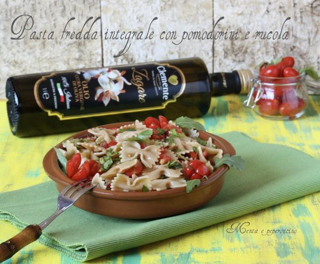 Pasta fredda integrale con pomodorini e rucola