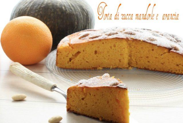Torta di zucca mandorle e arancia