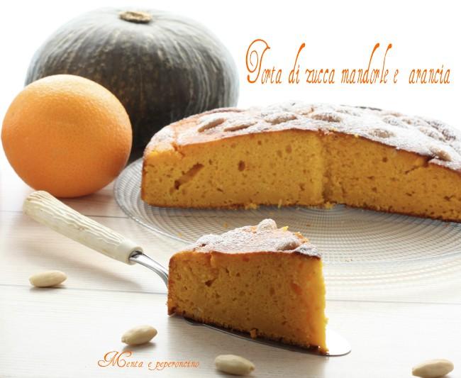 Torta con zucca mandorle e arancia