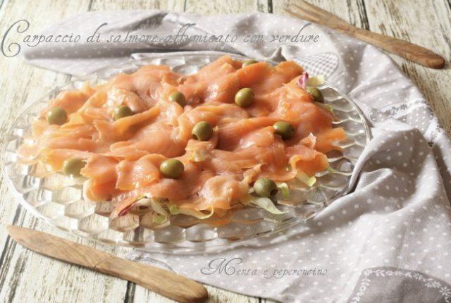 Carpaccio di salmone affumicato con verdure