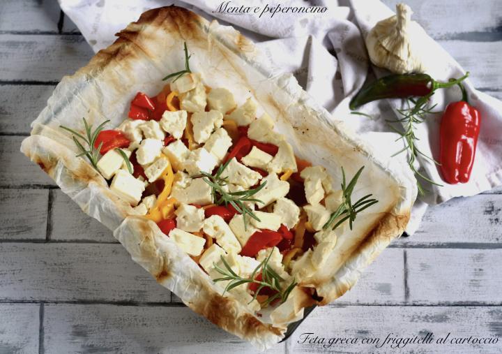 Feta greca con friggitelli al cartoccio