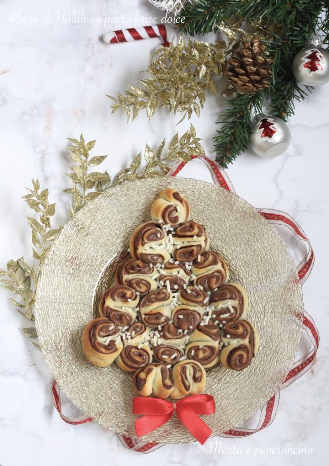 Albero Di Natale Con Dolci.Albero Di Natale In Pasta Brise Dolce Ricetta Dolce Facile