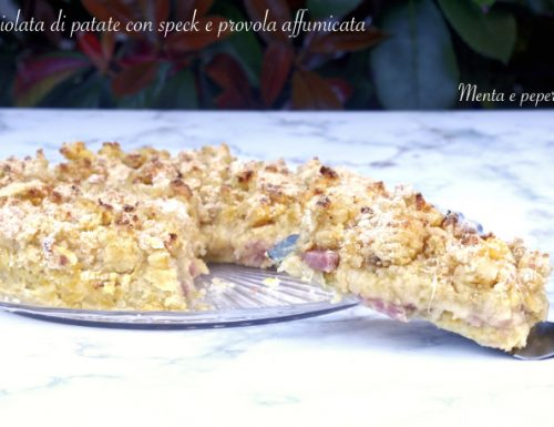 Sbriciolata di patate con speck e provola affumicata