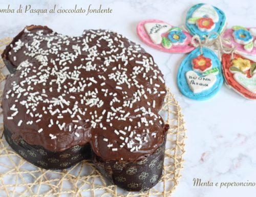 Colomba di Pasqua al cioccolato fondente