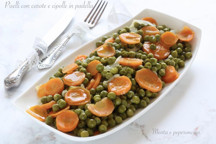 Piselli con carote e cipolle in padella