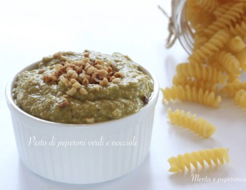 Pesto di peperoni verdi e nocciole