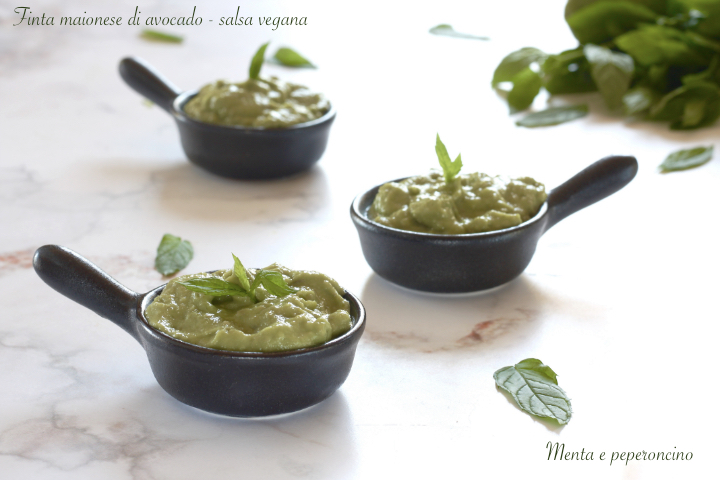Finta maionese di avocado - salsa vegana
