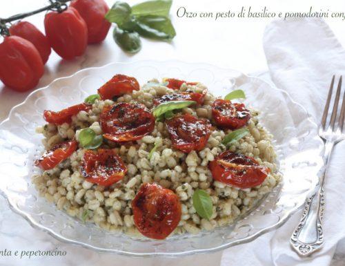 Orzo con pesto al basilico e pomodorini confit