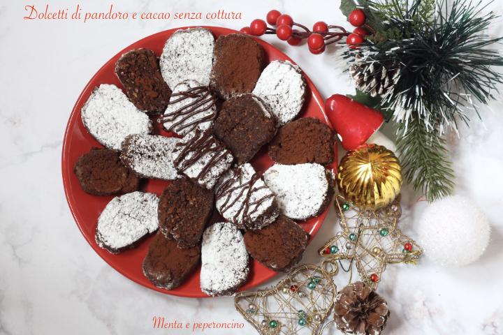 Dolcetti di pandoro e cacao senza cottura