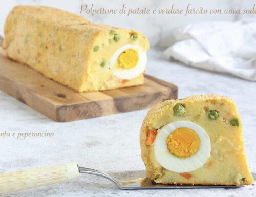 Polpettone di patate e verdure farcito con uova sode