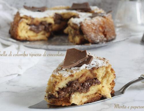 Ciambella di colomba ripiena di cioccolato