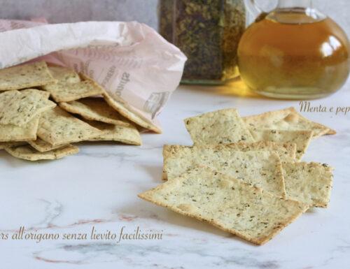 Crackers all'origano senza lievito facilissimi