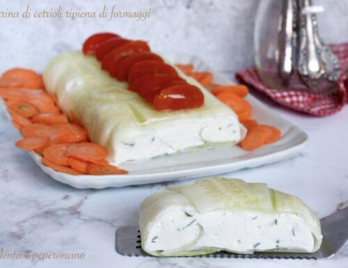 Terrina di cetrioli ripiena di formaggi