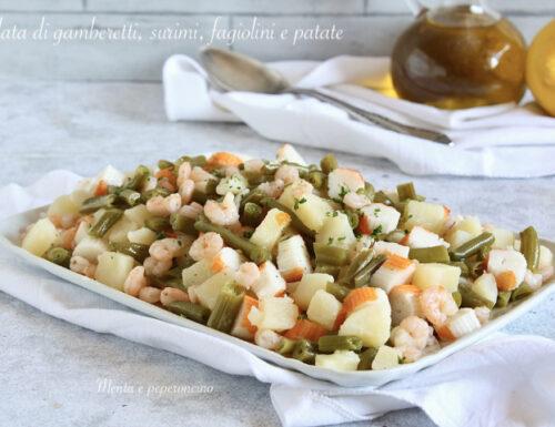 Insalata di gamberetti, surimi, fagiolini e patate