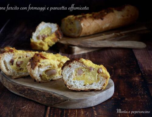 Pane farcito con formaggi e pancetta affumicata