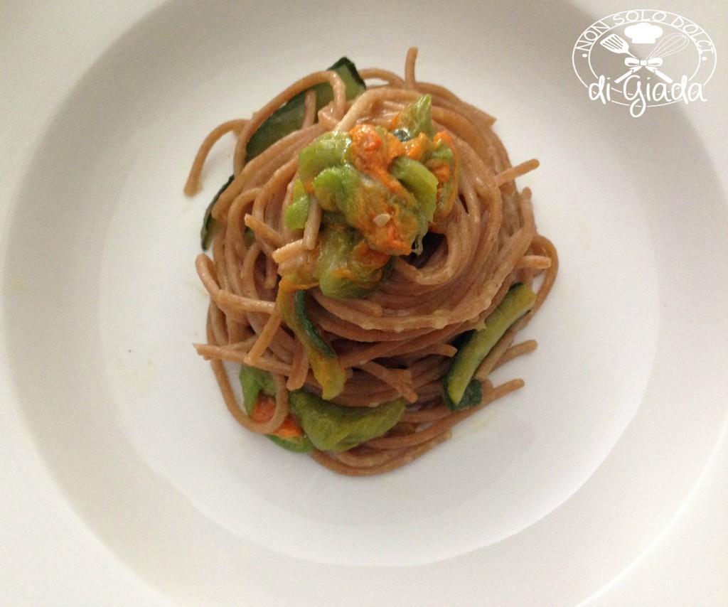 Spaghetti di farro al fiore di zucca