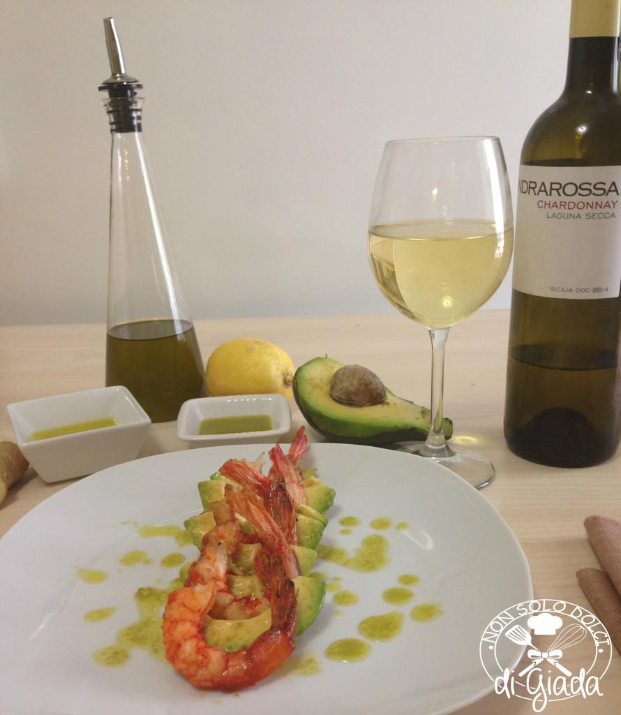 Gamberoni con avocado ed emulsione allo zenzero