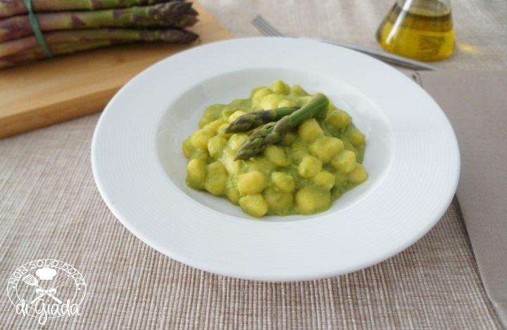Gnocchi senza glutine con asparagi2