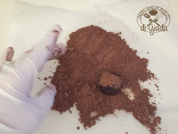 Tartufi di cioccolato con biscotti (111)