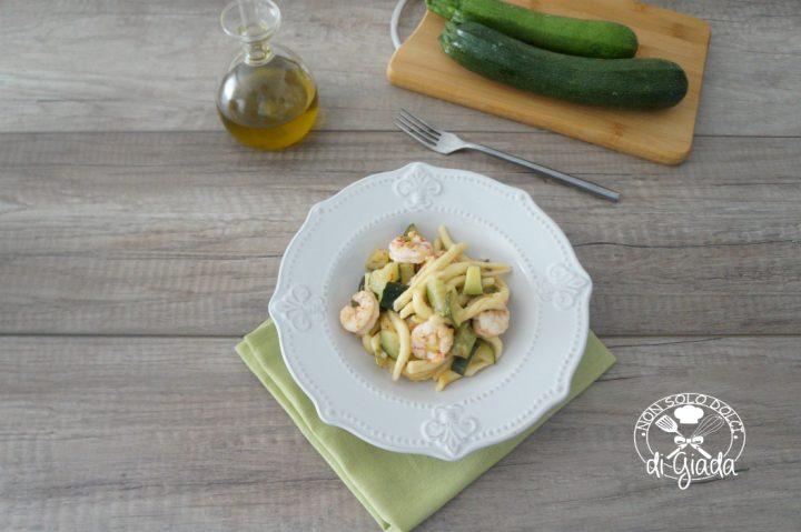 maccheroni gamberoni e zucchine1