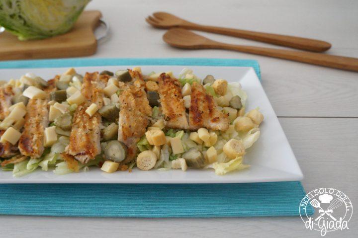 petti di pollo con insalata1